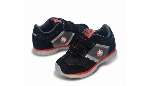 Kids Retro Sprint Sneaker, Black/Black 4