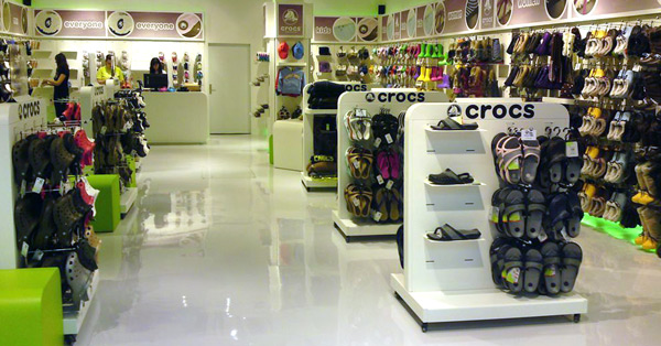 Center Haid Crocs Shop von innen
